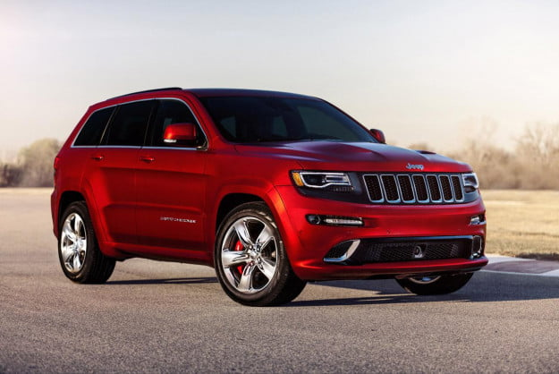 2014 Jeep Grand Cherokee SRT front three quarter red