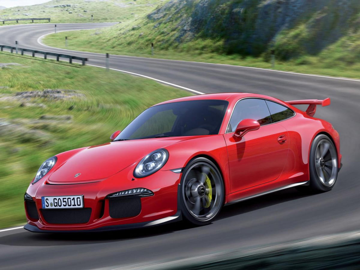 porsche  gt rs details revealed in new report