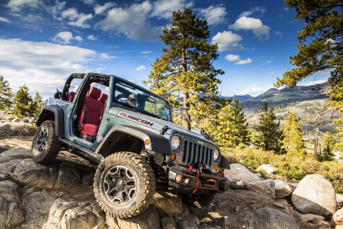 jeep wrangler may going aluminum  rubicon th anniversary edition