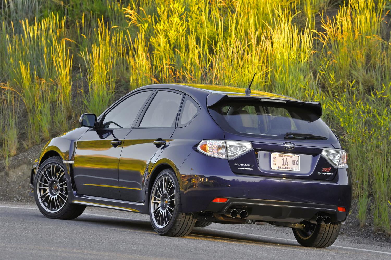 2014 vs 2015 subaru wrx sti digital trends. Black Bedroom Furniture Sets. Home Design Ideas