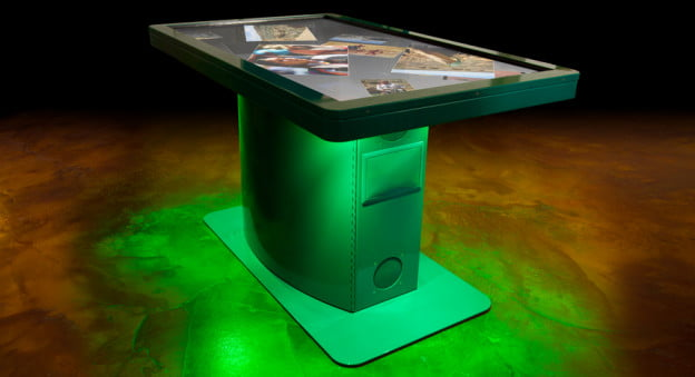 09-pro-green-table