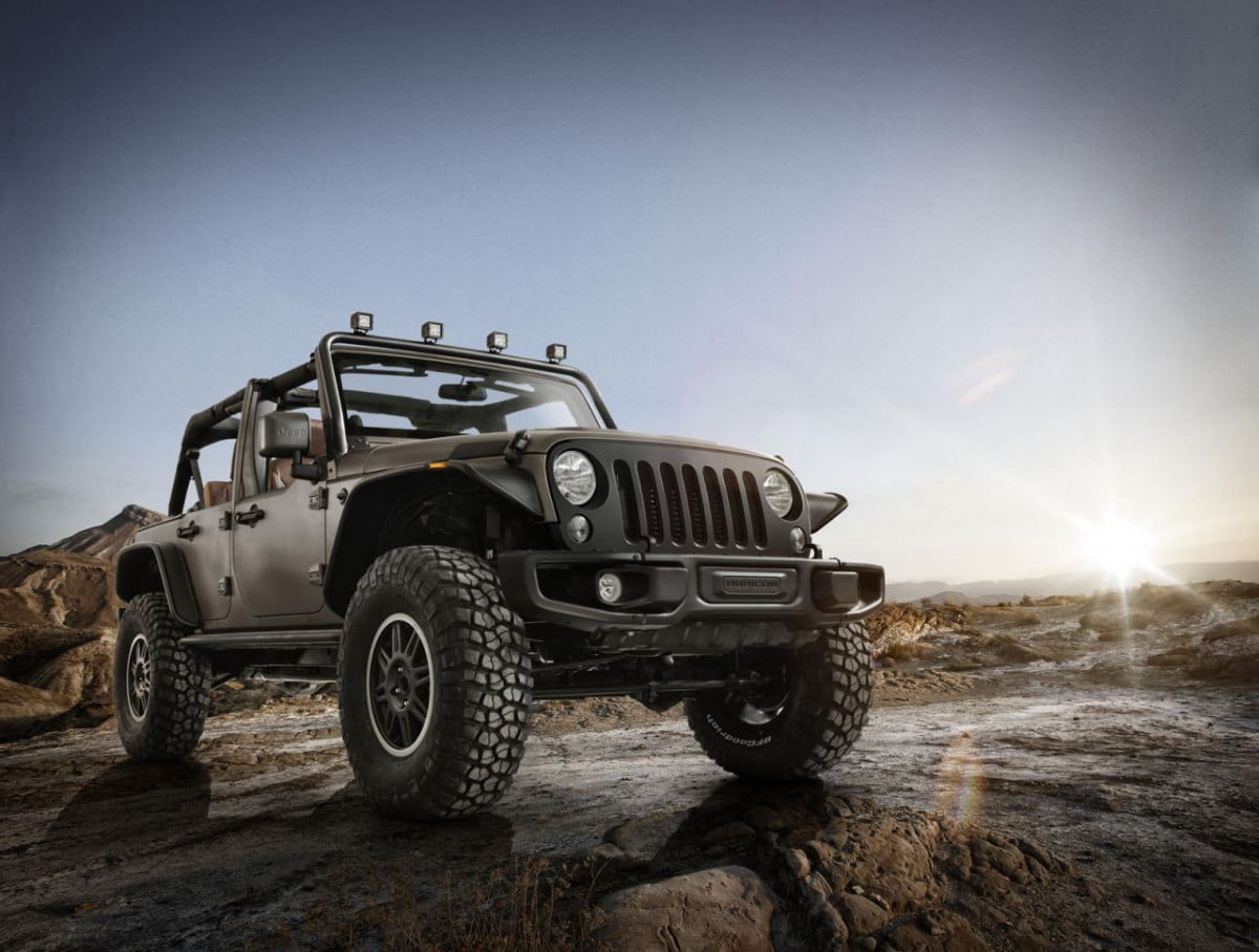 stealth red vapor jeep invades  paris motor show wrangler