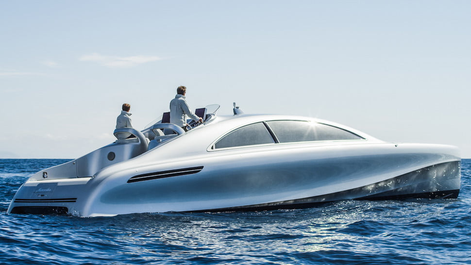 Image gallery mercedes benz boat for Mercedes benz yacht cost