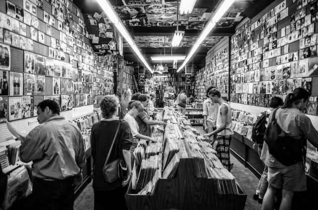 vinylhub record shop catalog discogs vinyl