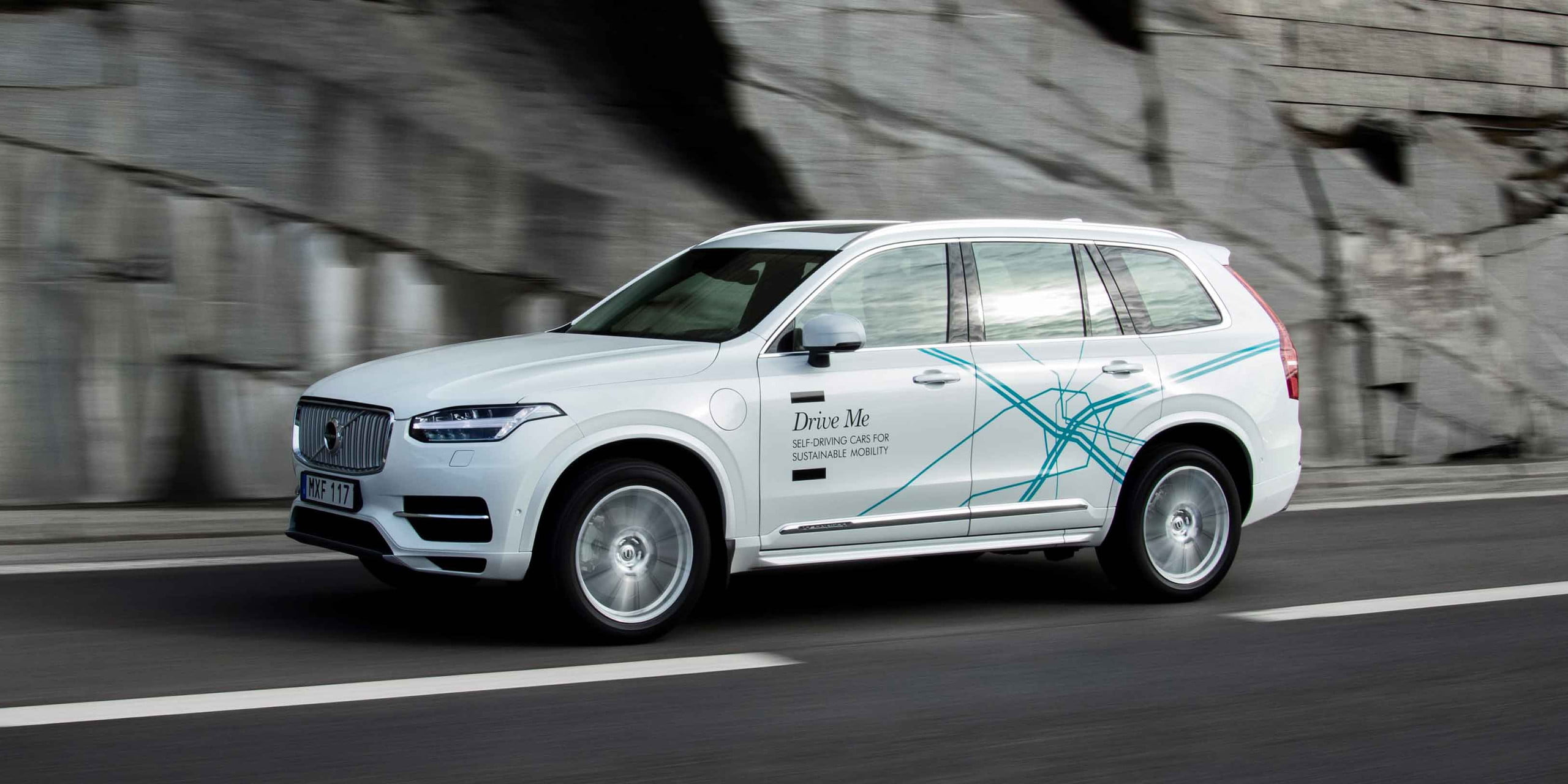 "DT10 Cars - Volvo XC90 ""Drive Me"" self-driving car"