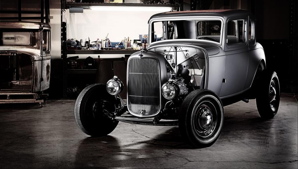 1932 Ford 5-Window Coupe reproduction