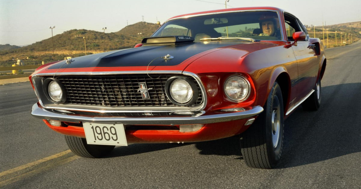 ford brings back the mach 1 nameplate for 2015 mustang. Black Bedroom Furniture Sets. Home Design Ideas