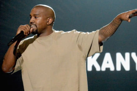 20-must-see-moments-from-the-2015-VMAs-_