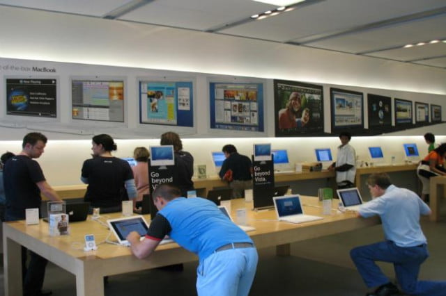apple open new dayton ohio store