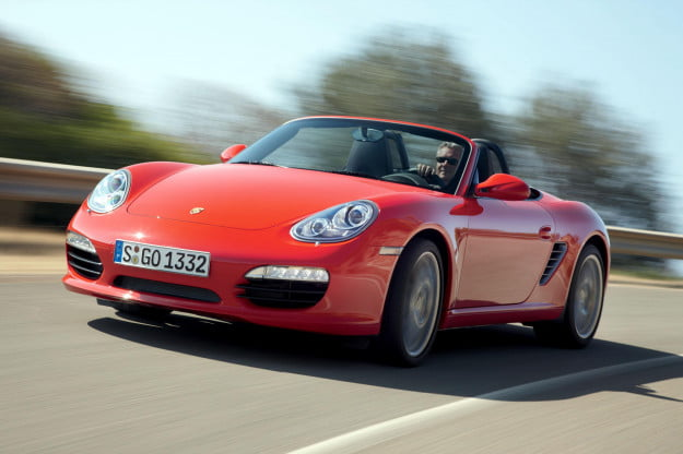 2010_Boxster_S_front_driving