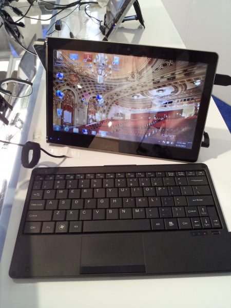 CE Line Show New York - Intel Atom tablets