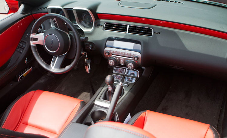 2011 chevrolet camaro ss convertible review digital trends. Black Bedroom Furniture Sets. Home Design Ideas