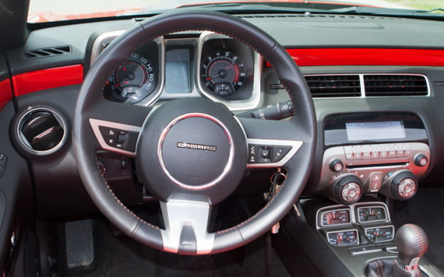 2011 Chevrolet Camaro SS Convertible steering wheel dash