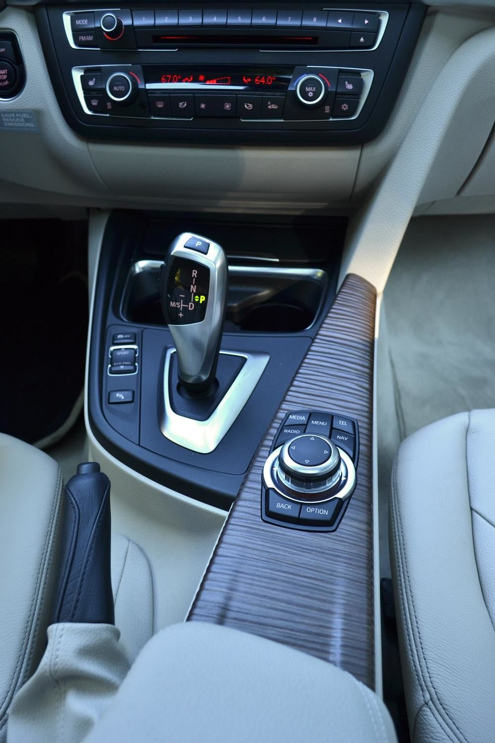 2012 BMW 335i review interior gearstick top angle car review