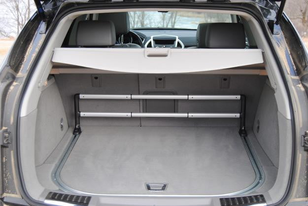 2012-Cadillac-SRX--Trunk-Space