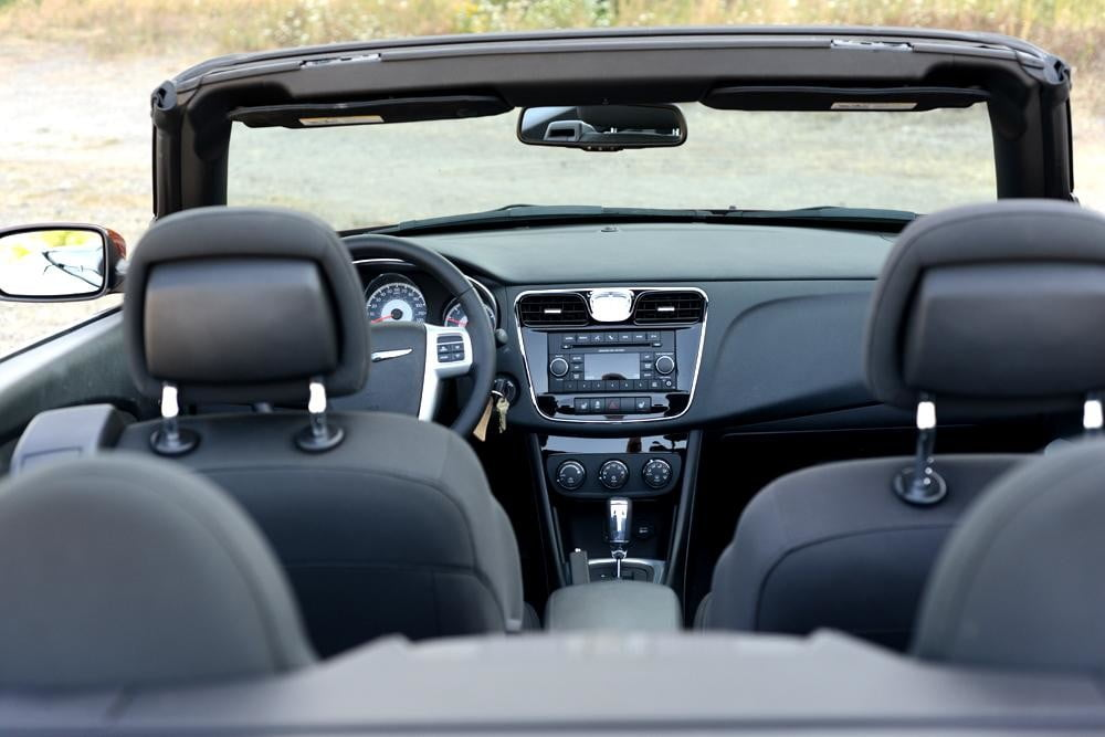 2012 Chrysler 200 Convertible review interior front from back touring