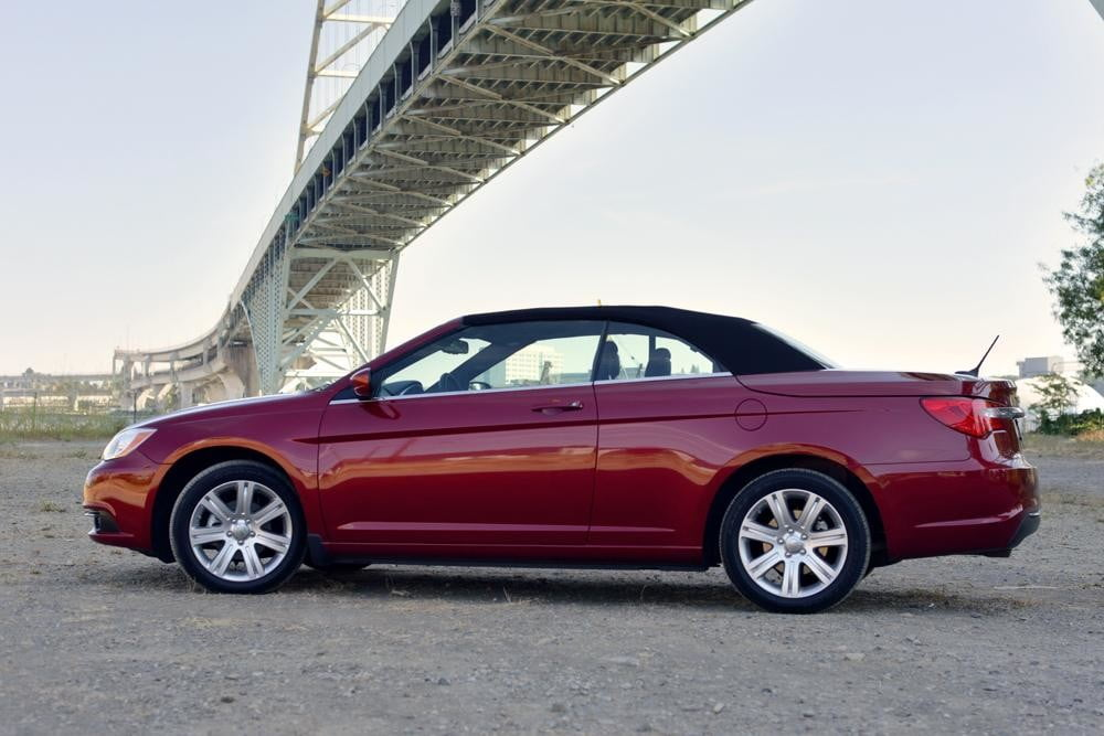 2012 Chrysler 200 Convertible review red side touring