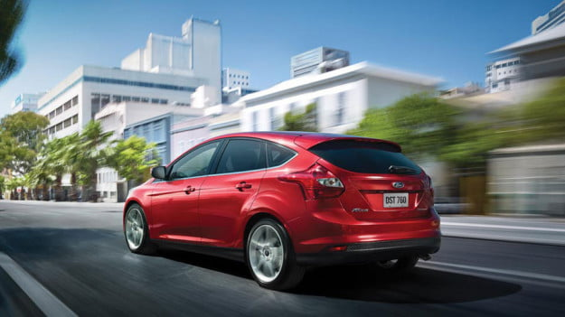 2012-Ford-Focus-red-rear