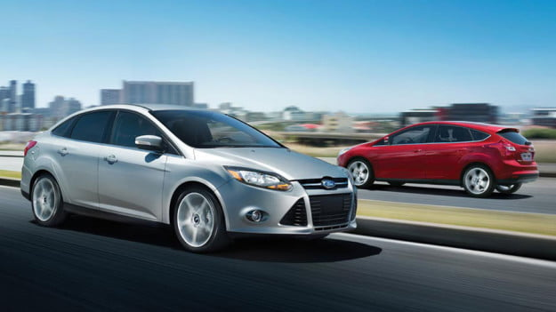 2012-Ford-Focus-silver-red