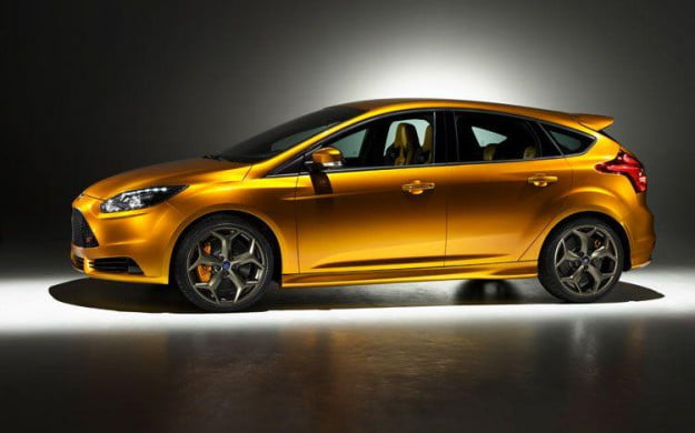 Ford Focus ST side