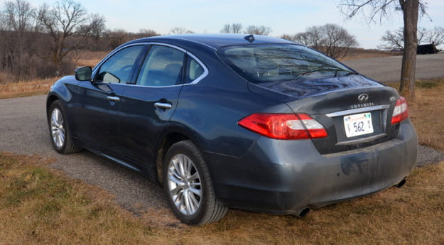 2012-infiniti-m56x-review-rear-tail-lights