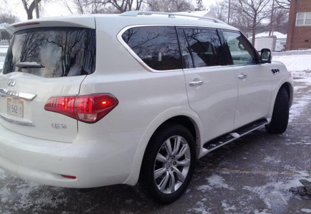 2012-Infiniti-QX56-Review-white-rear