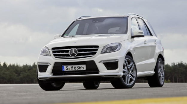 Mercedes-Benz ML63 AMG front three quarter