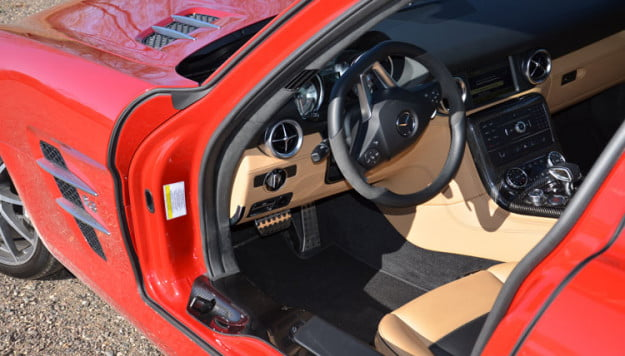 2012-mercedes-benz-sls-amg-interior-red