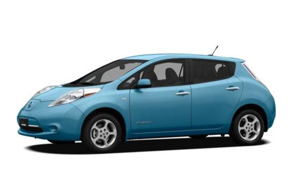 2012-Nissan-Leaf-press-image
