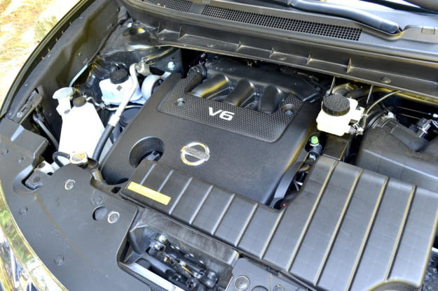 2012 Nissan Murano Crossover Review exterior engine car review