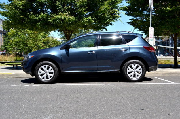2012 Nissan Murano Crossover Review exterior right side car review