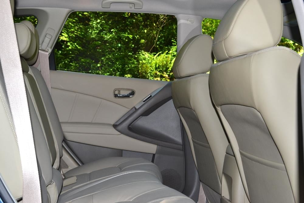 2012 Nissan Murano Crossover Review interior back seats car review