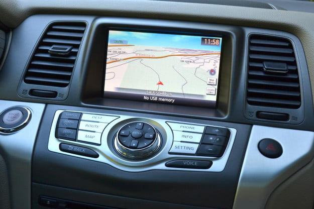 2012 Nissan Murano Crossover Review interior gps navigation