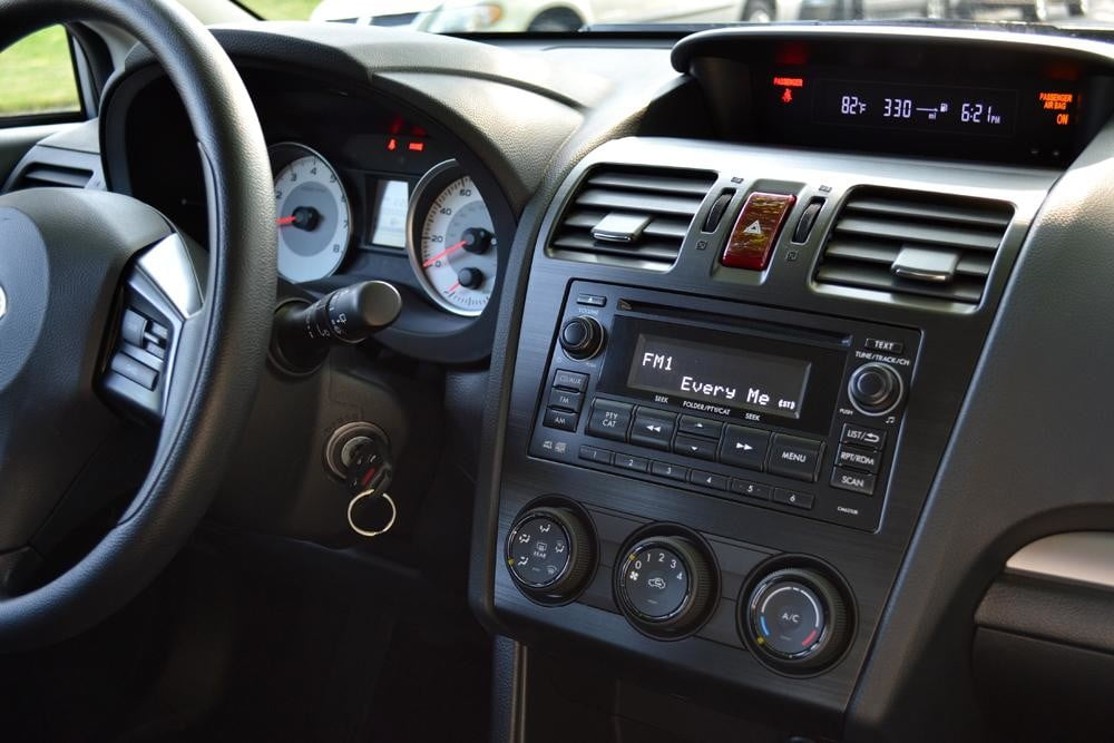 2012 subaru impreza steering wheel dash 4 door car review