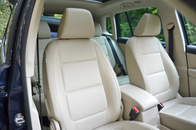 2012 Volkswagen Tiguan review vw car interior front seats leather