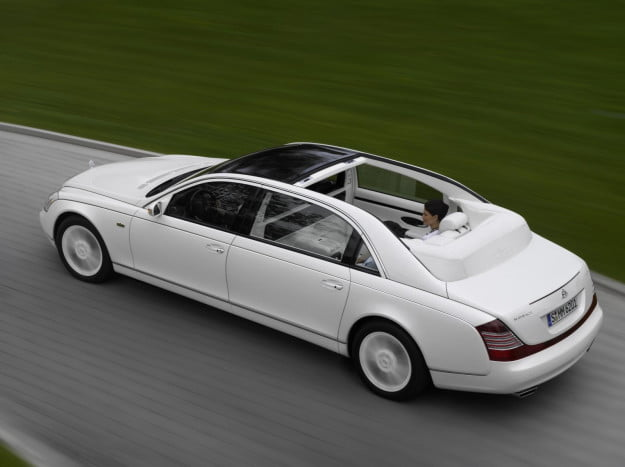 2012_maybach_landaulet_sedan_r3q_av-625x
