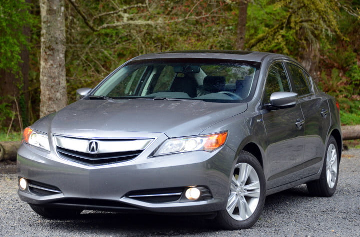 review  acura ilx hybrid mixes honda mpg with upmarket goodies exterior front right