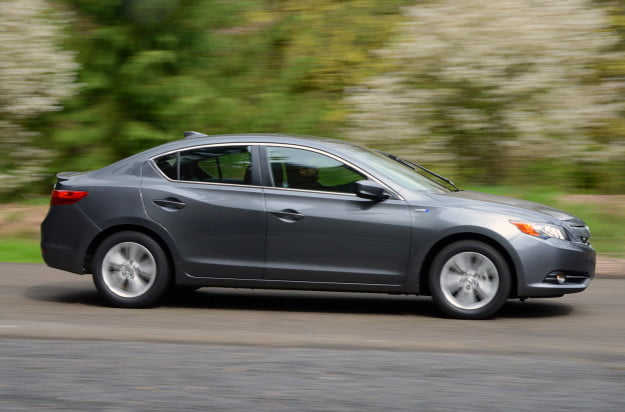 2013 acura ilx hybrid exterior right motion