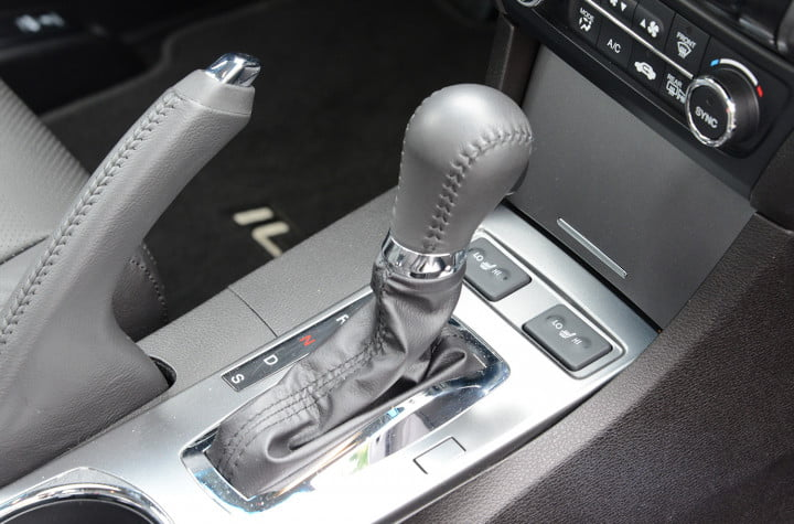 acura ilx hybrid review interior shift