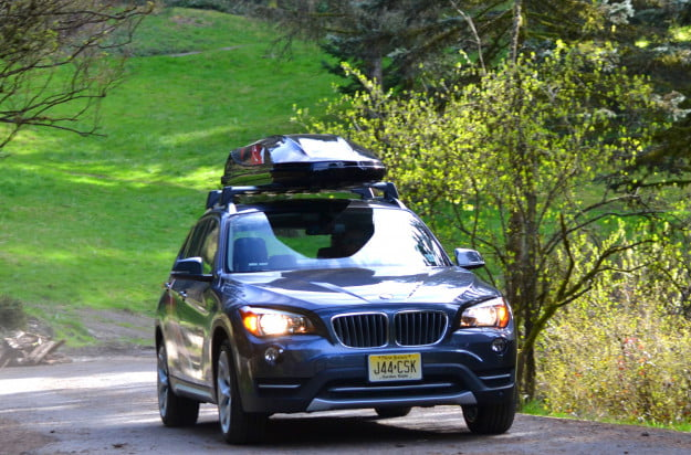2013 BMW X1 front angle motion 2