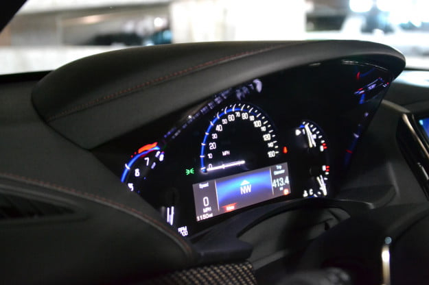 2013 Cadillac ATS review dash