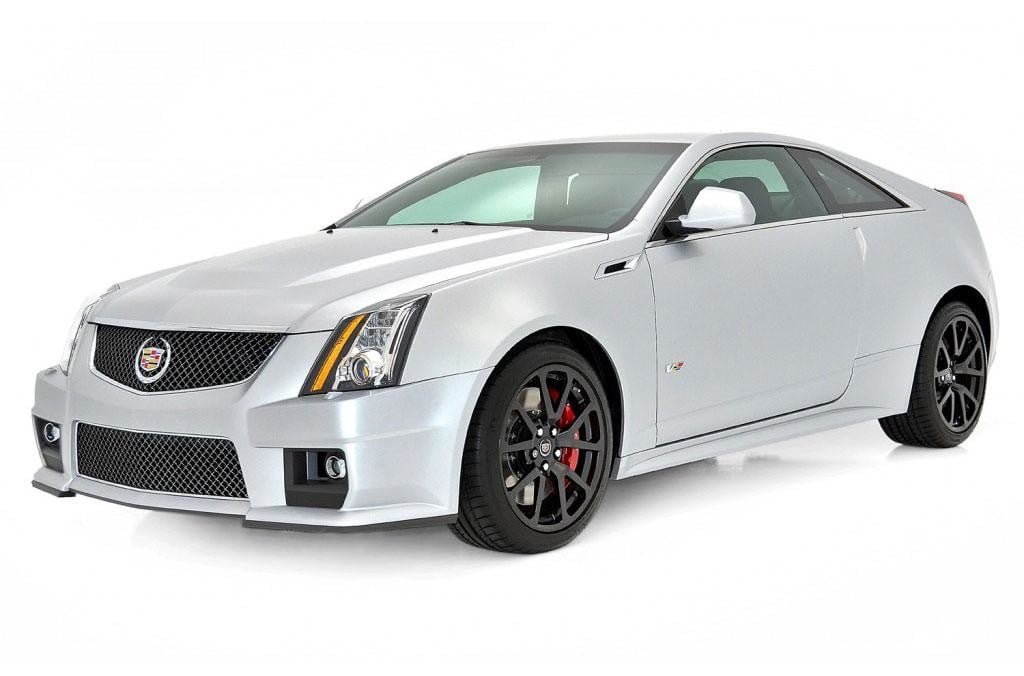 2013-Cadillac-CTS-V-press-image