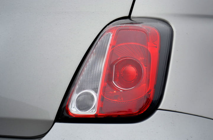 fiat review tail light macro