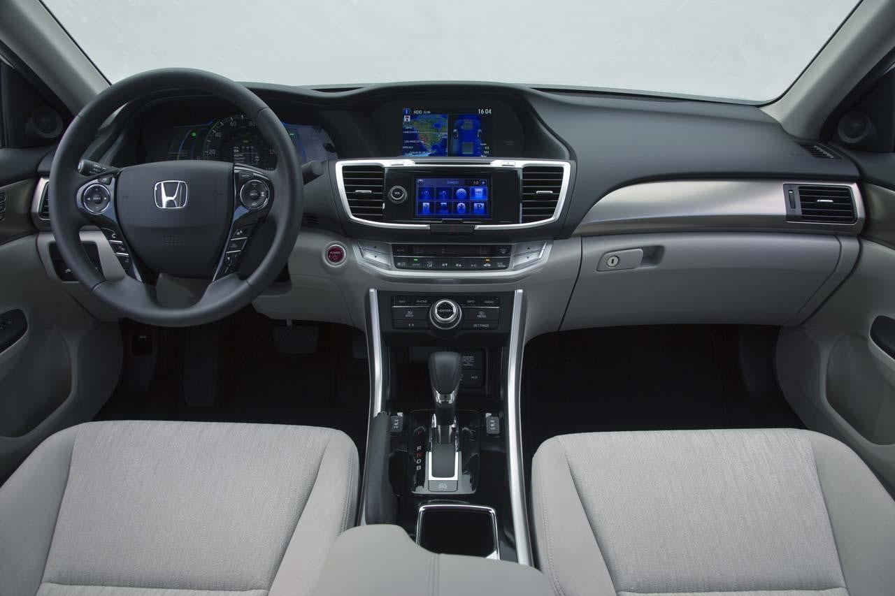 2013 Honda Accord PHEV interior