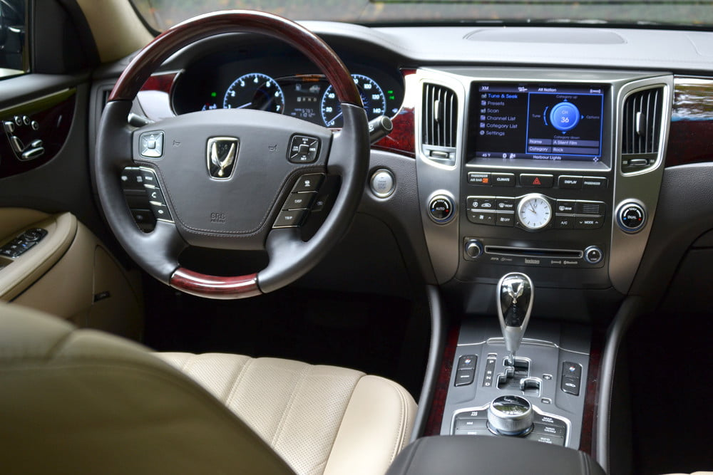 2013 Hyundai Equus review drivers from back luxury car