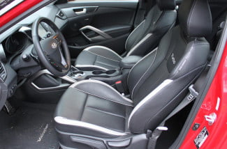 2013 hyundai veloster interior front