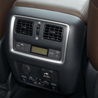 2013 Infinity JX35 interior rear climate control