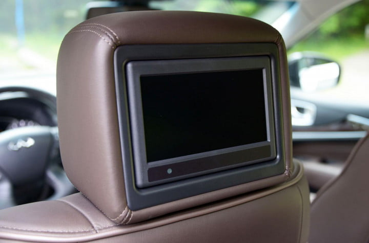 infiniti jx review infinity interior tech rear entertainment system
