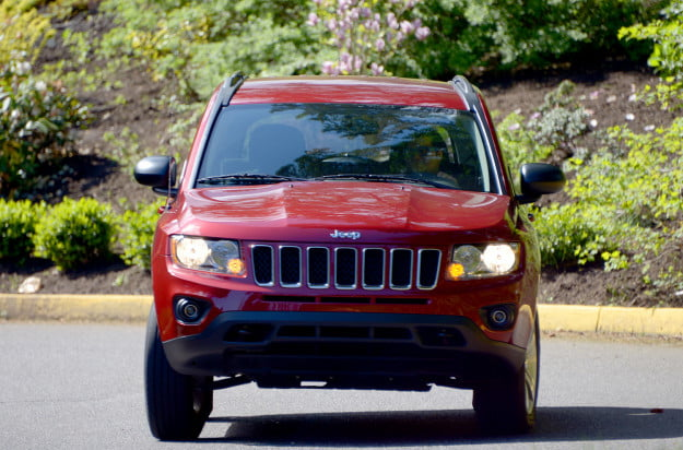2013 jeep compass exterior motion 2