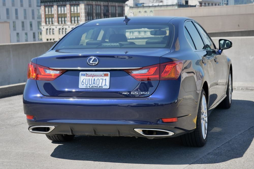 2013 Lexus GS 350 review rear angle sedan